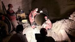 باشگاه خبرنگاران - تونلی که شهرداری اجازه ورود نمیداد/تلاش برای خارج کردن «محسن» ادامه دارد+فیلم و تصاویر