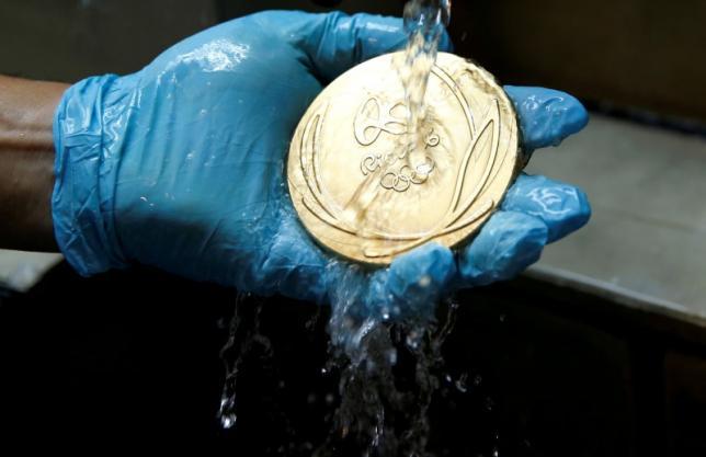 از آینههای قدیمی تا صفحات عکاسی ایکس-ری/ مدالهای المپیک از چه چیزی ساخته شدهاند؟