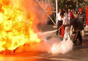 حريق گسترده در انبار نفتی جنوب تهران