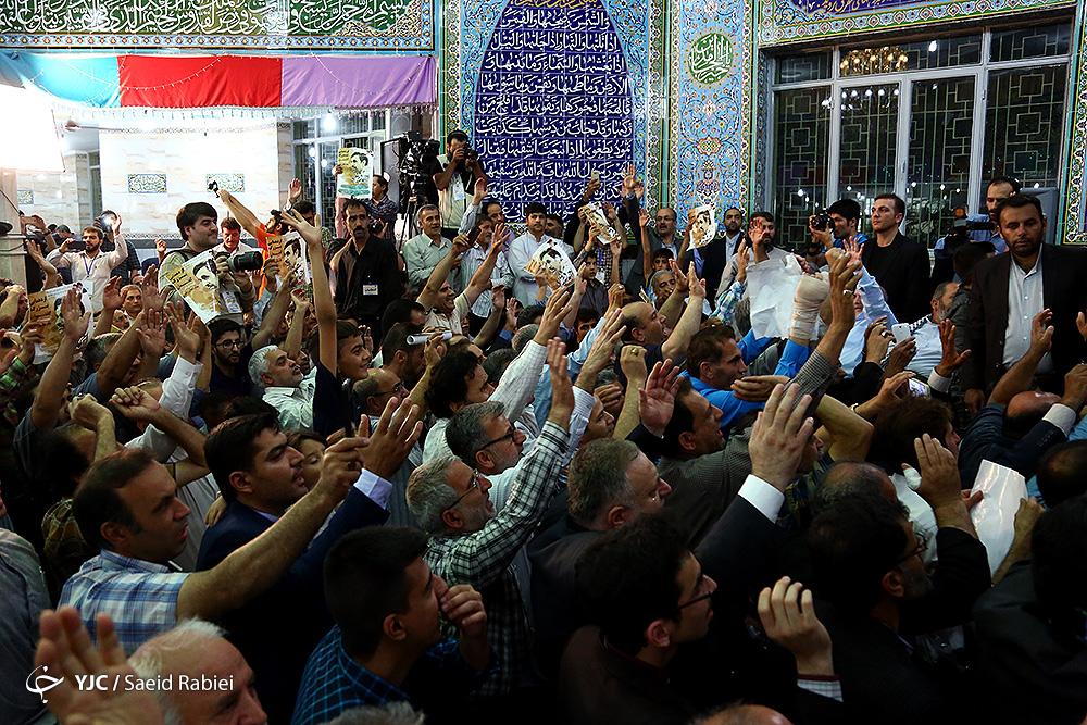 نیش های احمدی نژاد به دولت با چاشنی بیت المال!/ همان حرف های همیشگی... + فیلم و تصاویر