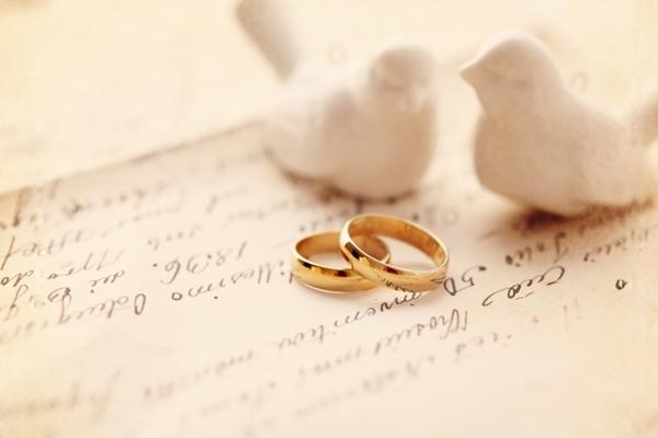 مسائلی که خانم ها هیچ وقت نباید به روی همسرانشان بیاورند