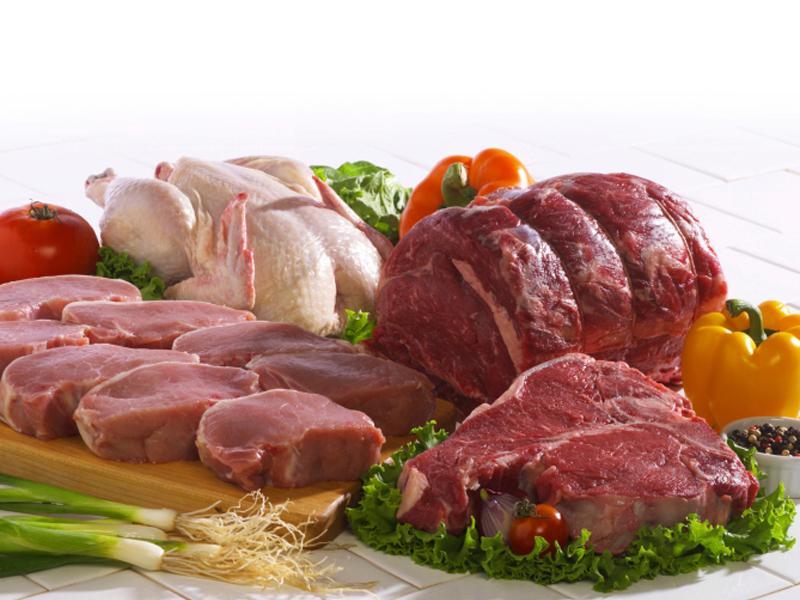 مرغ را گران نخرید/سودجویی واسطه ها گوشت را گران کرد