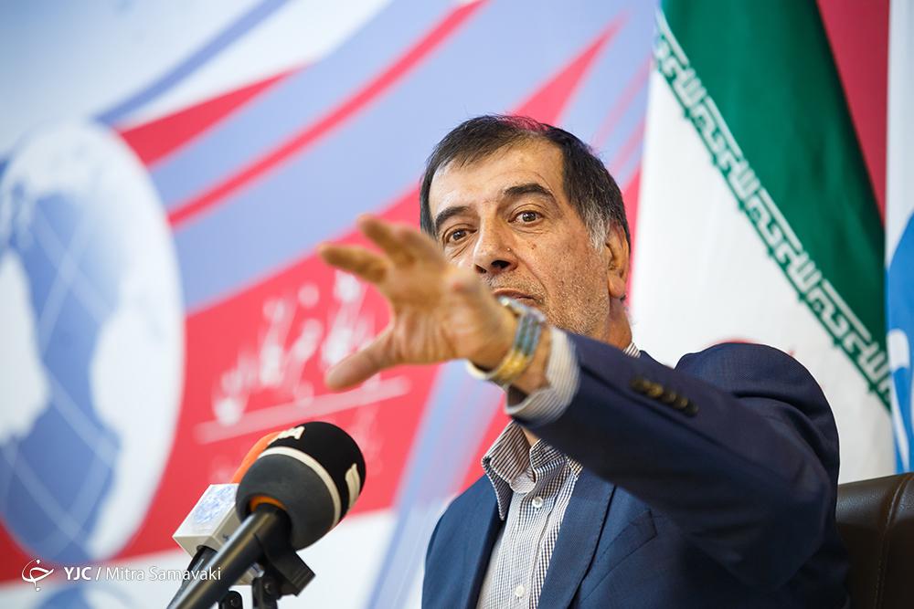 قصد کاندیدا شدن در انتخابات 96 را ندارم/کسی باور نمیکند سفرهای احمدینژاد انتخاباتی نباشد