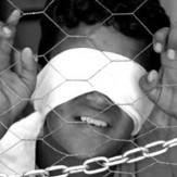 شکنجه کودکان عریان استرالیایی و تظاهرات گسترده مردمی+تصاویر
