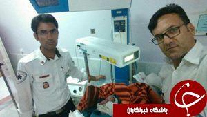 دو نوزاد نهبندانی در آمبولانس اورژانس چشم به جهان گشودند.