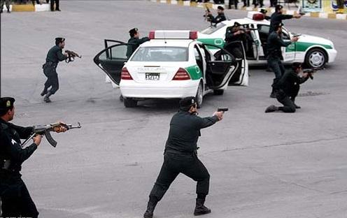 پاتک پلیس به مخفيگاه سوداگران مرگ در شرق تهران/ 3 متهم دستگیر شدند