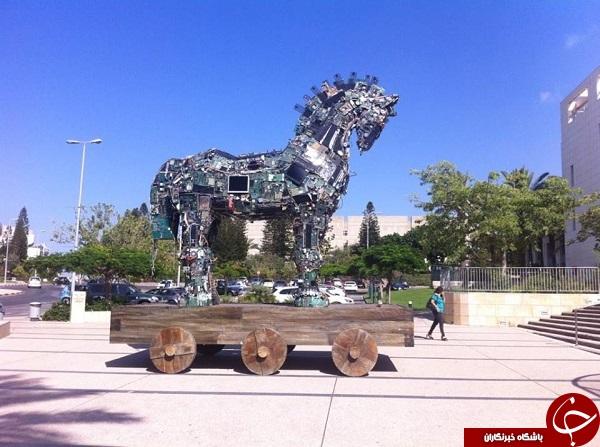 ساخت اسب تروجان با قطعات کامپیوتر + تصویر