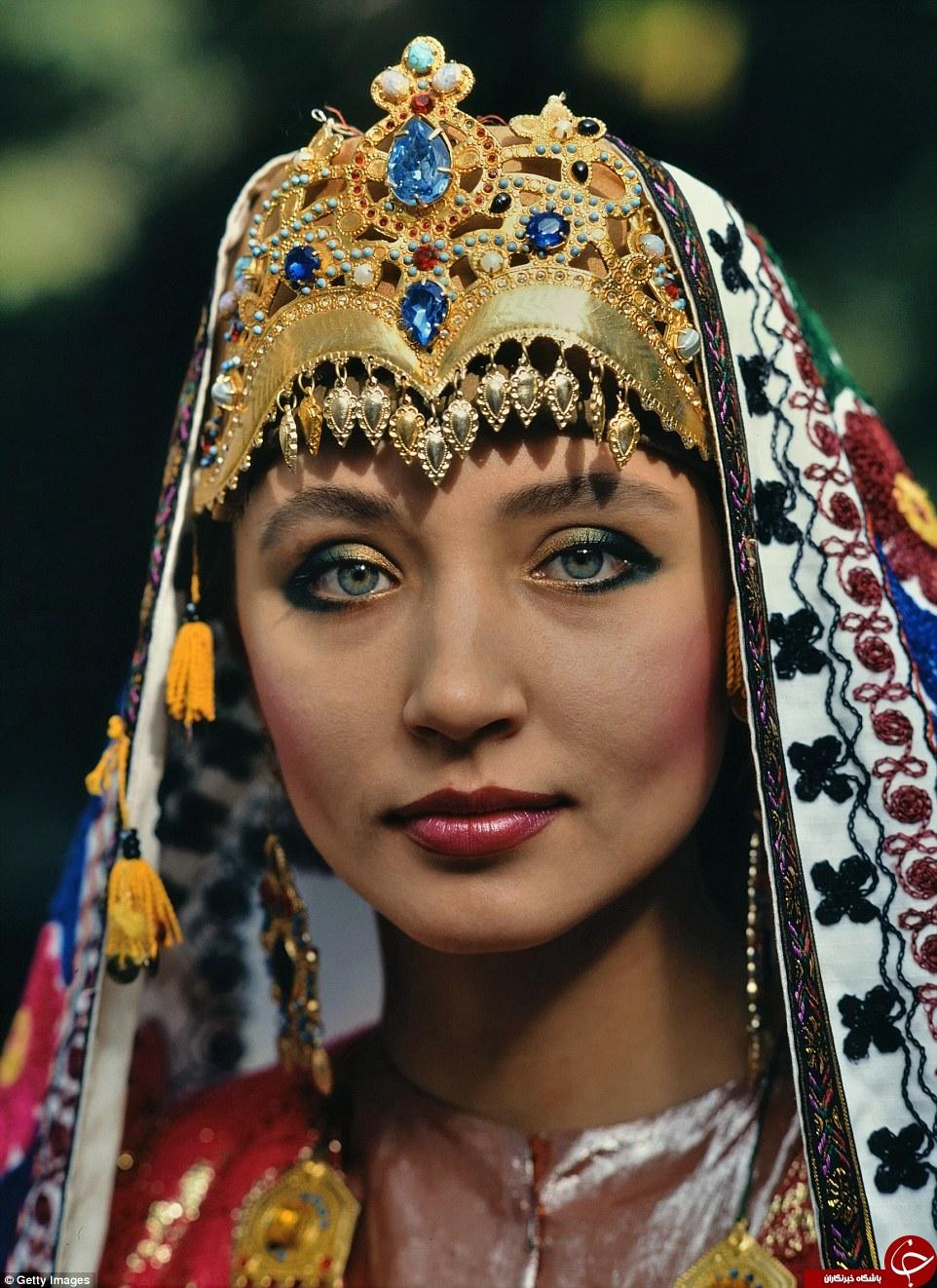 از هند تا اندونزی؛ تصاویری از لباس عروسهای سنتی
