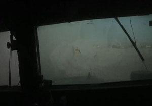 لحظات دلهرهآور حمله مسلحانه تروریستهای داعش به خودروی وزیر دفاع عراق+ فیلم و تصاویر