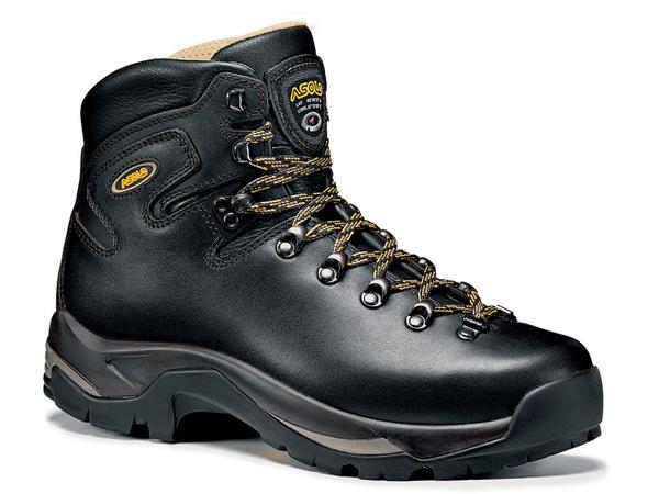 کفش کوهنوردی دست دوم