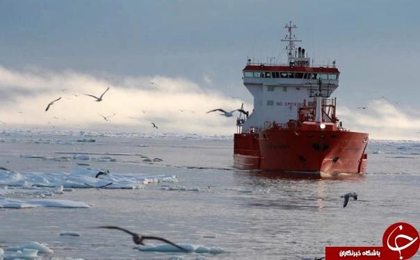کشتی هوایی قرمز و غول پیکر ولادیمیر پوتین برای دسترسی به سیبری+ تصاویر