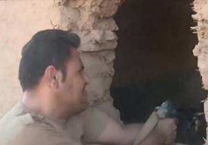 لحظه به درک واصل شدن یک داعشی به دست پیشمرگههای کرد در پخش زنده تلویزیونی+فیلم