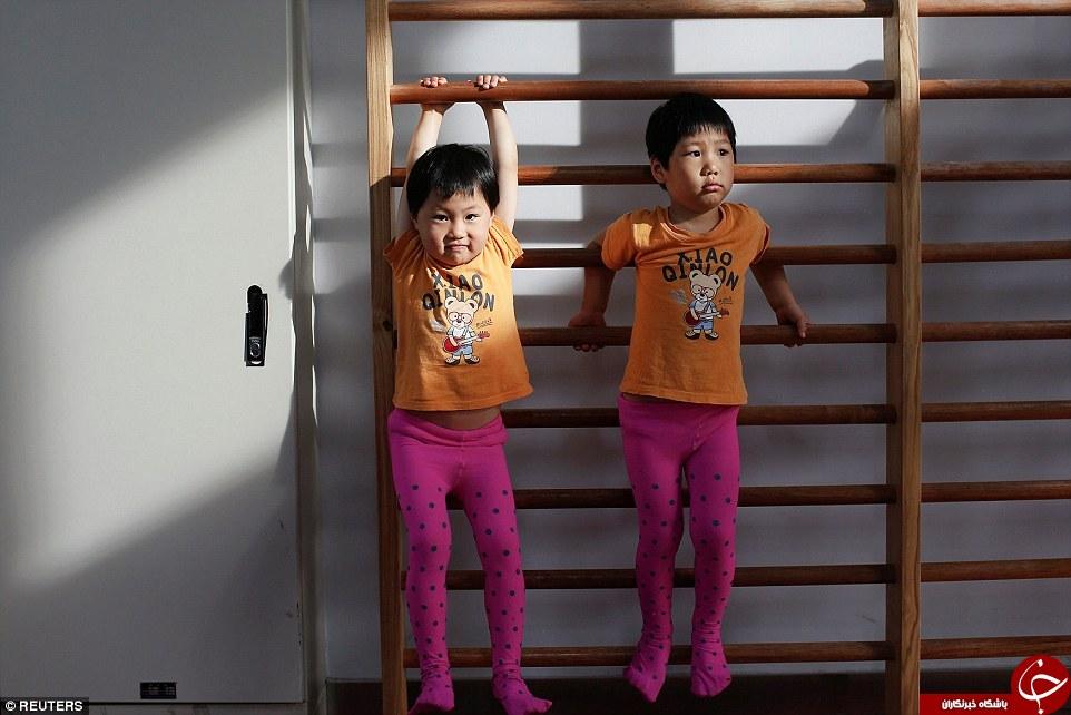 چینیها برای موفقیت در المپیک اشک این بچهها را درمیآورند +تصاویر