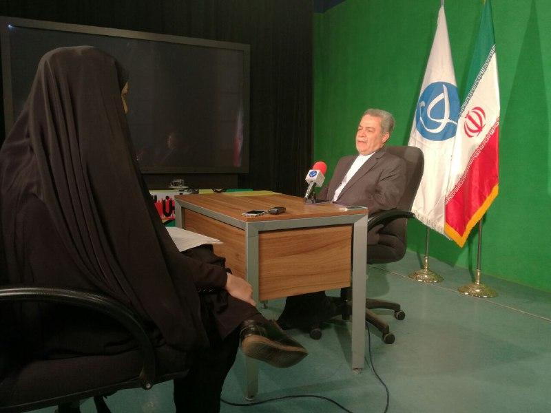 احمدی نژاد رقیبی برای روحانی/ برای استاندار شدن استخاره کردم، خوب نیامد