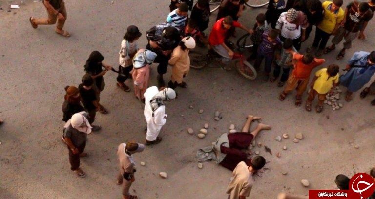 داعش یک مرد را به طرز فجیعی از پشت بام به پایین پرتاب کرد+ تصاویر