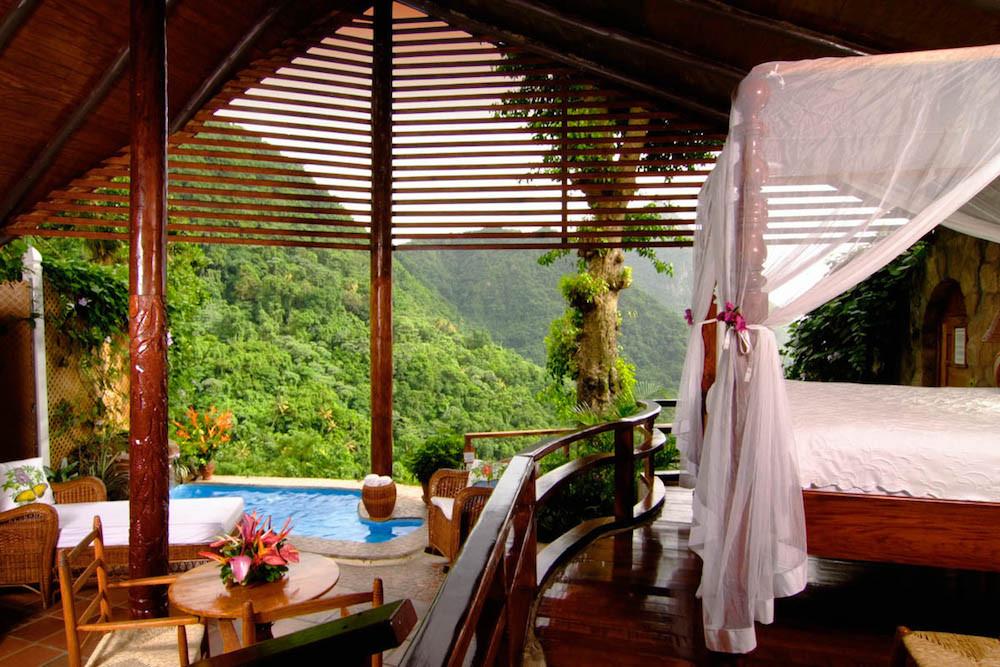 فلِیوِروایر: رویاییترین هتلهای روباز جهان+ تصاویر