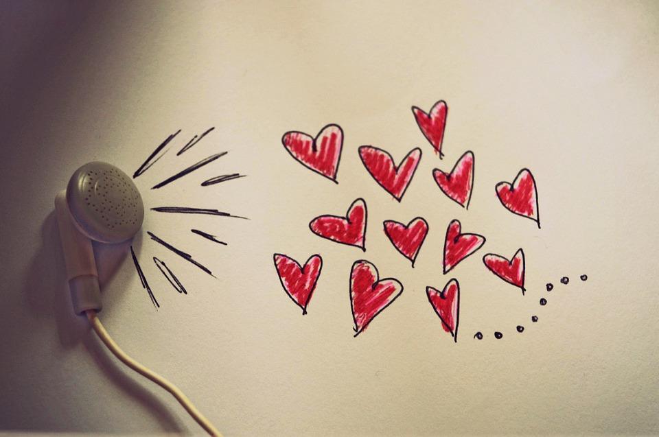 با این 2 سوال طول عمر عشقتان را بسنجید/ چگونه بفهمیم یک نفر واقعا ما را دوست دارد؟