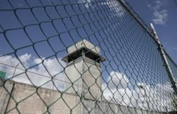 فرار 2 اعدامی از زندان خرم آباد