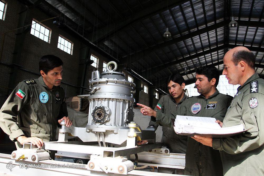 یکروز با خلبانان بالگردهای پایگاه هوانیروز ارتش در مشهد