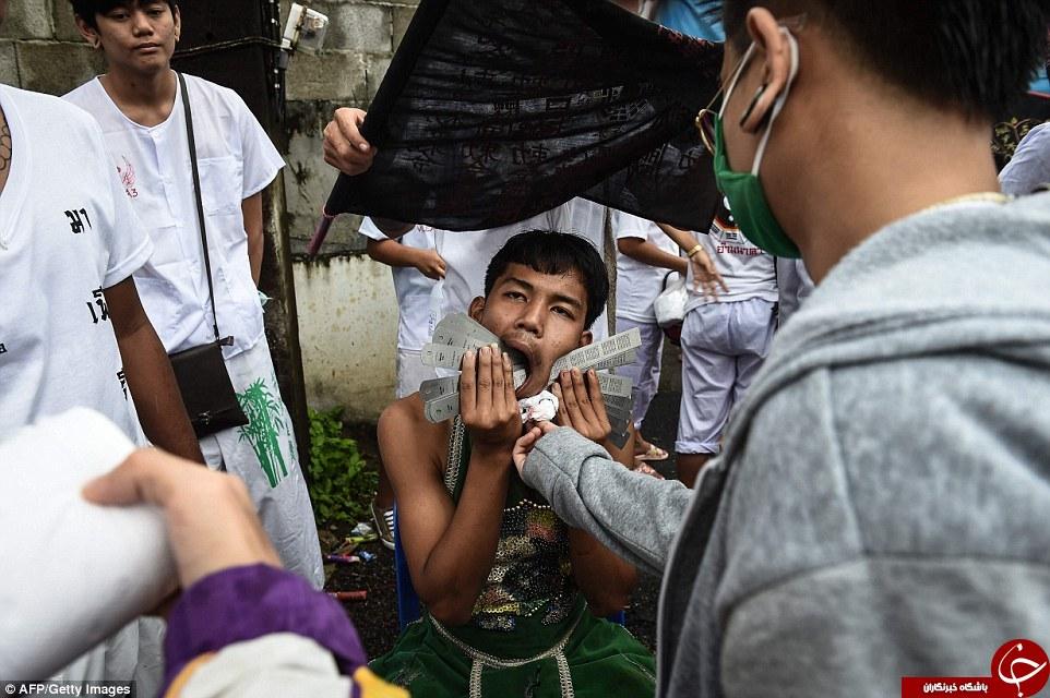 5234816 904 - جشنواره ای وحشتناک در تایلند (عکس +18)