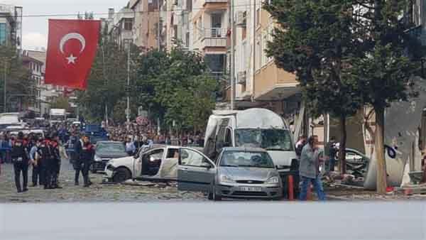 انفجار در نزدیکی فرودگاه استانبول و یک مرکز پلیس 8 زخمی بر جای گذاشت