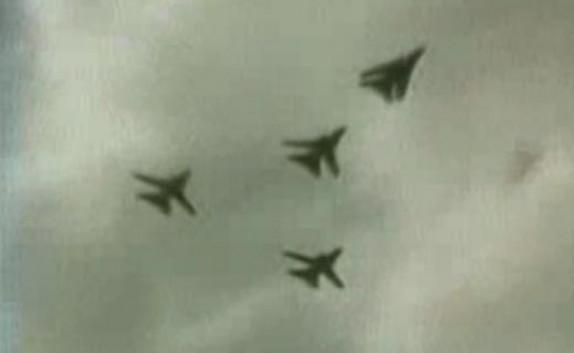 باشگاه خبرنگاران - دوم مهر، سالگرد اولین بمباران آبادان به دست صدامیان + فیلم