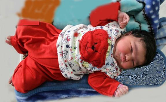 تولد نوزاد 6 کیلوگرمی در بیمارستان آیت الله روحانی