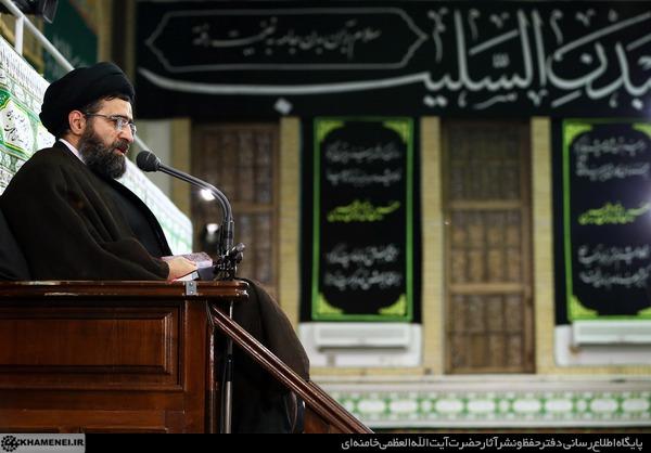آخرین شب مراسم عزاداری حضرت اباعبدالله الحسین (ع) در حسینیه امام خمینی
