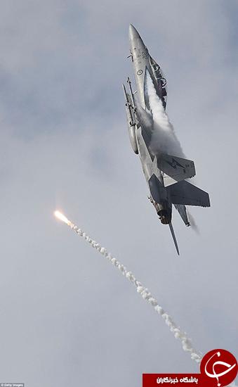 استرالیا نیروی هوایی خود را به رخ کشید +تصاویر