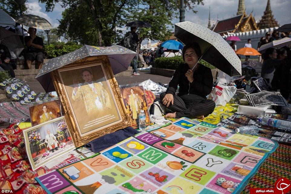 پیراهن مشکی در تایلند نایاب شد +تصاویر
