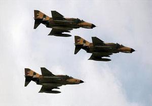 هواپیماهای نیروی هوایی ارتش برای شرکت در رزمایش «فدائیان حریم ولایت» به پرواز درآمدند + فیلم