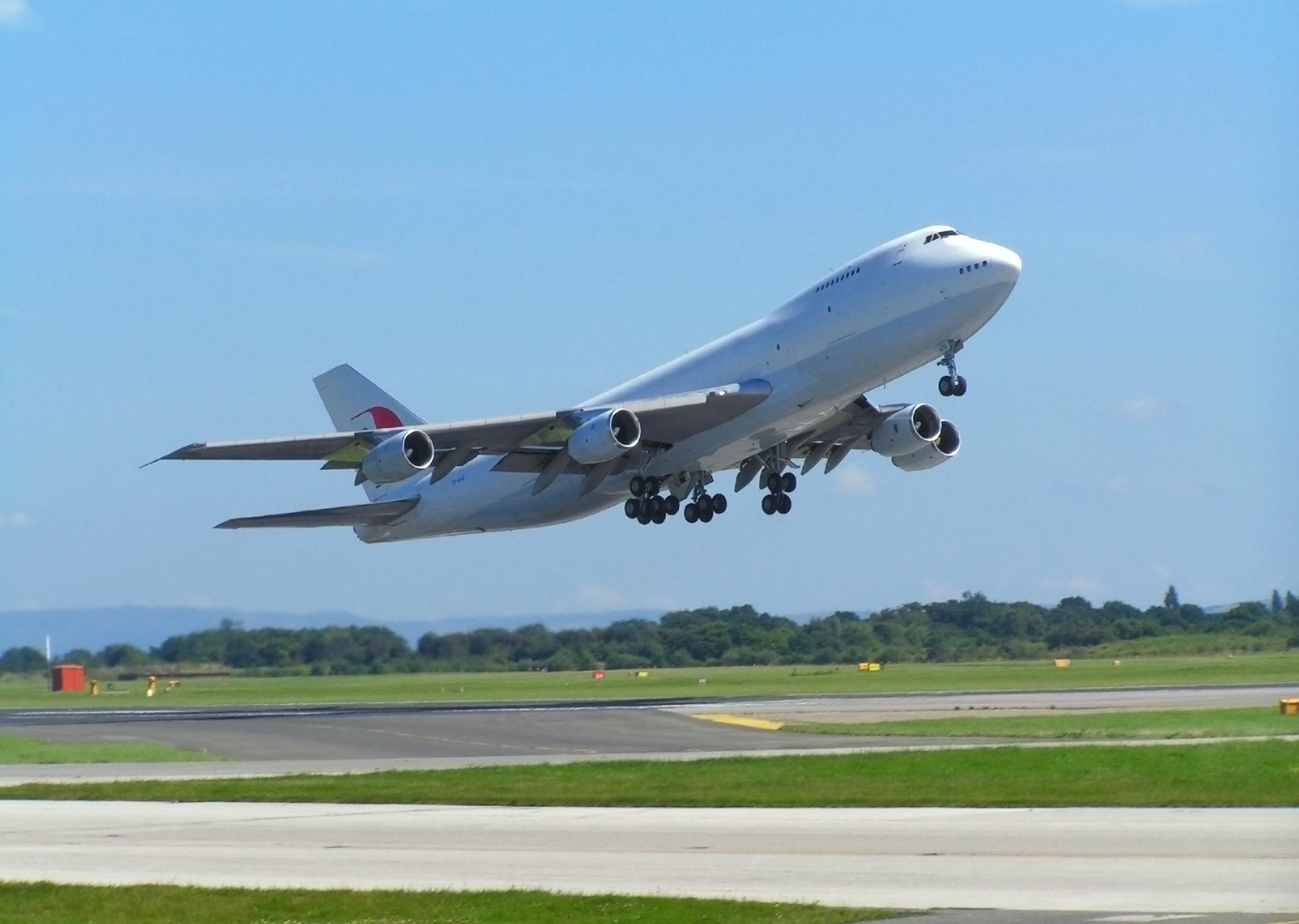 زیر ساخت های فرودگاهی برای خرید هواپیماهای جدید آماده نیست