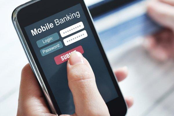 """اگر از کاربران """"موبایل بانک"""" هستید این نکات امنیتی را رعایت کنید"""