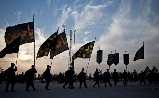 انتقال موکبهای ایرانی به عراق آغاز شد/ اسکان 150 هزار زائر در شهرهای سامرا و کاظمین