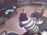 باشگاه خبرنگاران -قتل کودک 5 ساله در سرقت مسلحانه از یک آرایشگاه+تصاویر