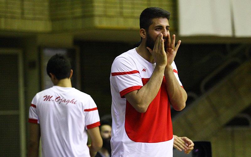 امیر صدیقی قراردادش با تیم بسکتبال شیمیدر را تمدید کرد