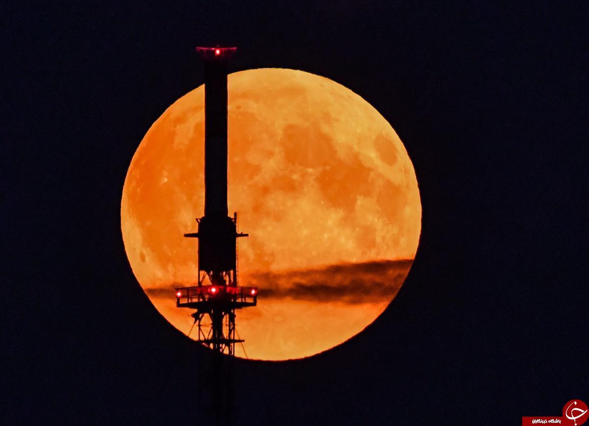 تصاویر بسیار زیبا از ماه +20 عکس