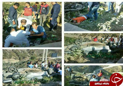 4 زخمی در واژگونی خودروی حامل اتباء خارجی + تصاویر