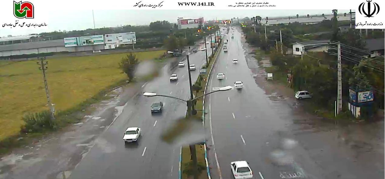 ترافیک سنگین در آزادراه تهران-کرج/ بارش باران در گیلان و مازندران+ تصاویر