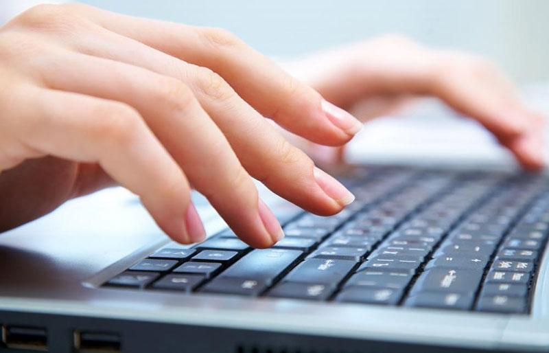تفاوت چپ دستها و راستها در تایپ با صفحه کلید
