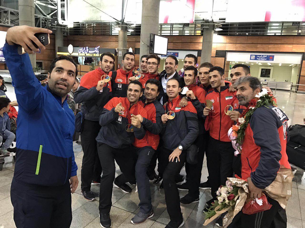 مسئولیت سنگین طلایی ترین تیم کاراته / چشم امید به افتخارآفرینی در سرزمین آفتاب