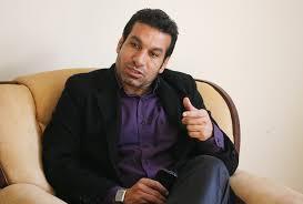 مومنی :منصور خان فرد بزرگ و با دانشی بود