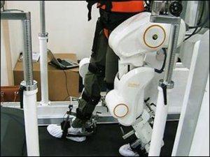 ربات کمک حرکتی توانبخشی به کمک بیماران آمد