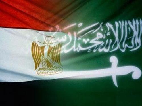 مقام مصری توقف کمکهای نفتی شرکت آرامکو را به قاهره تایید کرد