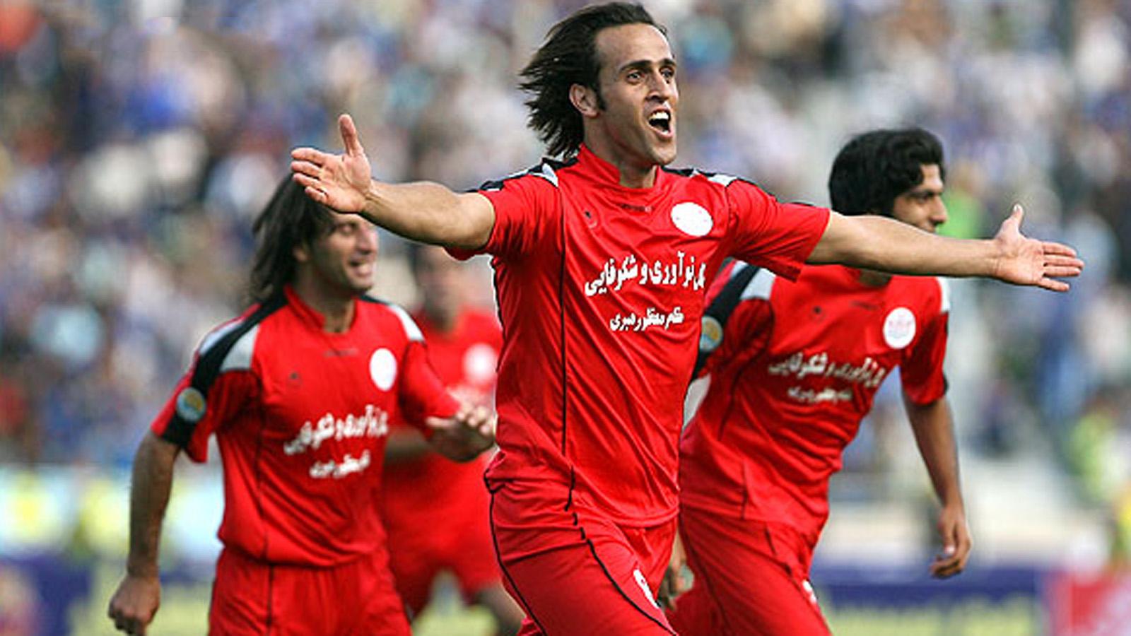 //ویژه امروز//از تولد تا حضور در کلاس های مربیگری جادوگر فوتبال ایران