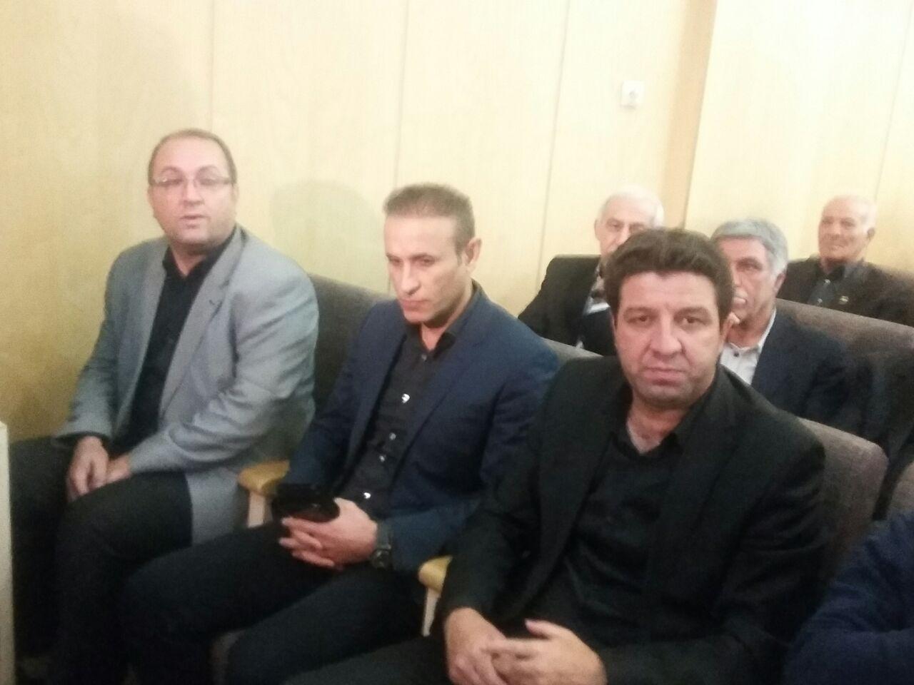 مراسم ختم زنده یاد منصور پورحیدری+عکس