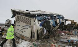 واژگونی اتوبوس زائران ایرانی در عراق یک کشته و 19 زخمی بجا گذاشت