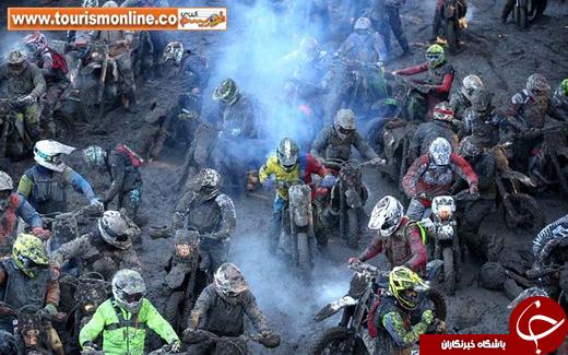 عکس/ مسابقه موتور سواری درل گل و لای