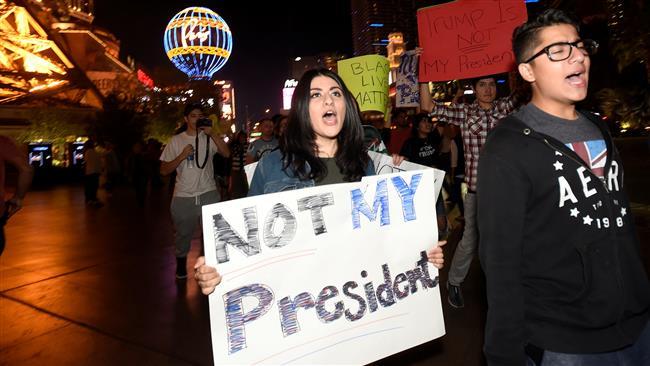 تظاهرات علیه ترامپ در سراسر آمریکا/ جوانان در صف اول اعتراض+ تصاویر