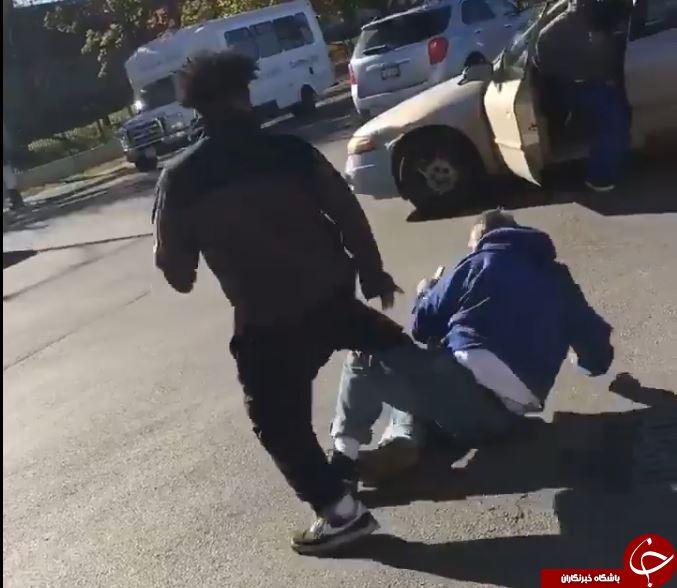 ویدئوی تکان دهنده از ضرب و شتم مرد مسن طرفدار ترامپ+فیلم